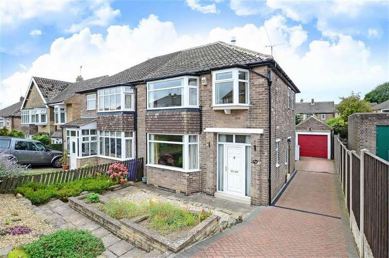 3 Bedrooms Semi Detached House for sale in 26, Wollaton Road, Bradway, Sheffield, S17