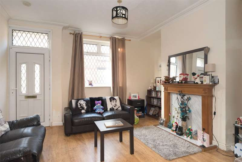 3 Bedrooms Terraced House for sale in Dawlish Road, Leeds, West Yorkshire, LS9