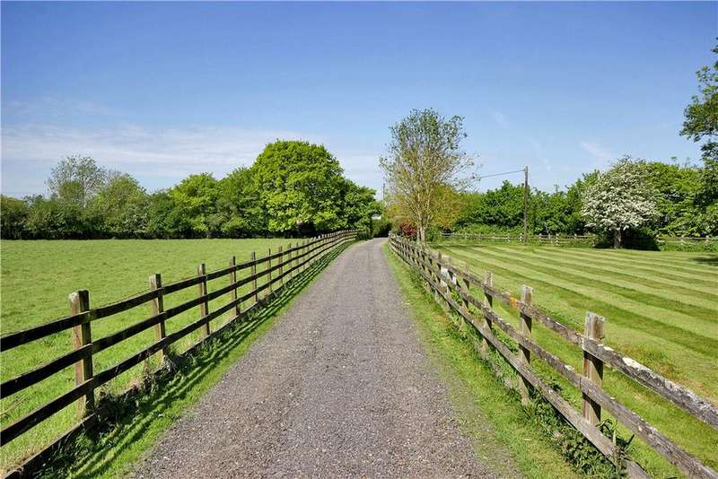 7 Bedrooms Farm House Character Property for sale in Smallhythe Road, Tenterden, Kent, TN30