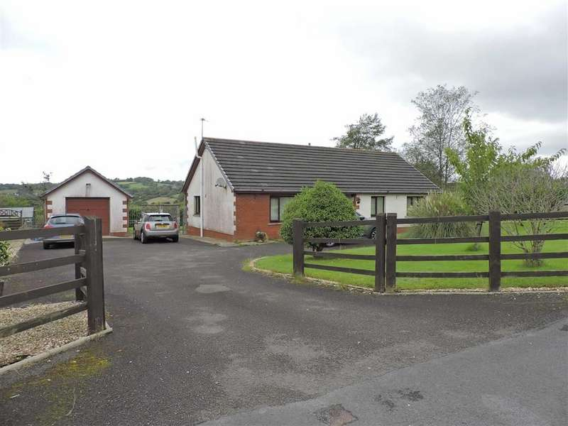 3 Bedrooms Detached Bungalow for sale in Mary Street, Drefach,Llanelli