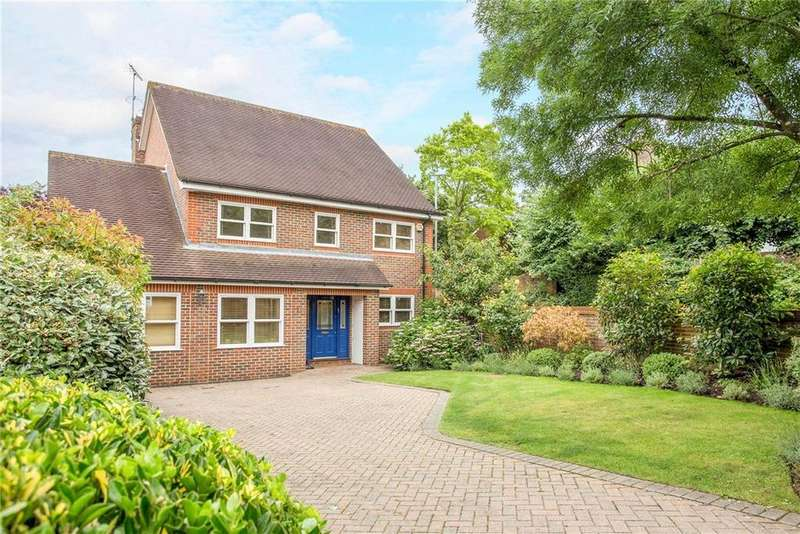 4 Bedrooms Detached House for sale in Corkran Road, Surbiton, Surrey, KT6