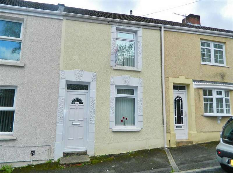 2 Bedrooms Terraced House for sale in Middle Road, Cwmbwrla