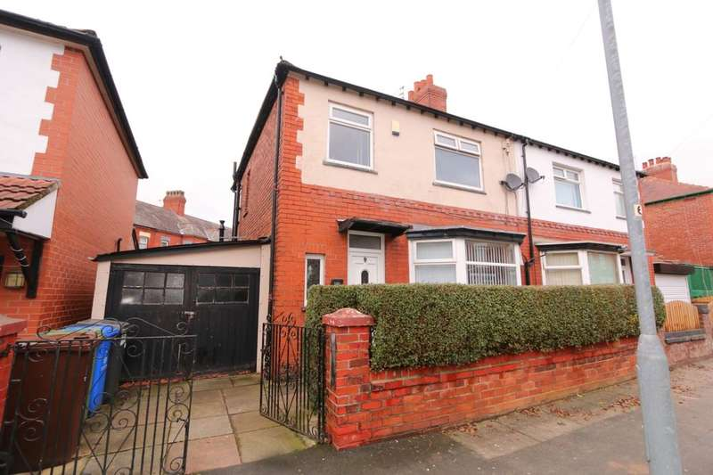 3 Bedrooms Semi Detached House for sale in Laburnum Road, Denton, Manchester, M34