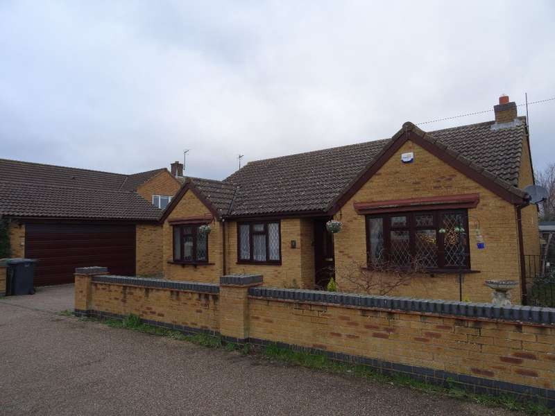 3 Bedrooms Detached Bungalow for sale in ST MARYS ROAD, BOZEAT