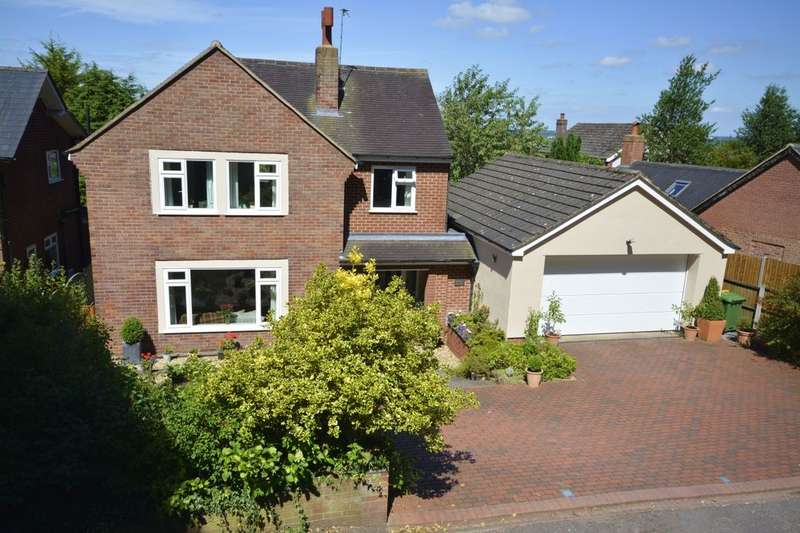 4 Bedrooms Detached House for sale in Middlewalk Bellemonte Road, Frodsham, WA6