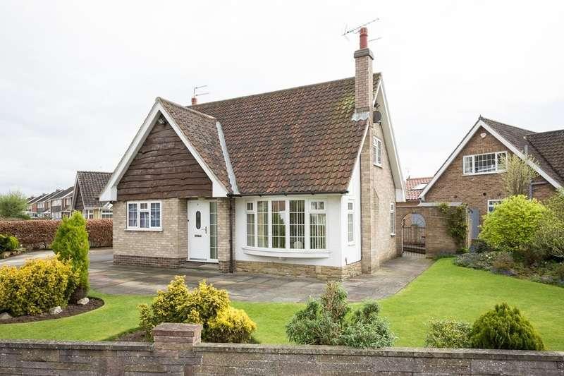 3 Bedrooms Detached House for sale in Allington Drive, Appletree Village, York, YO31