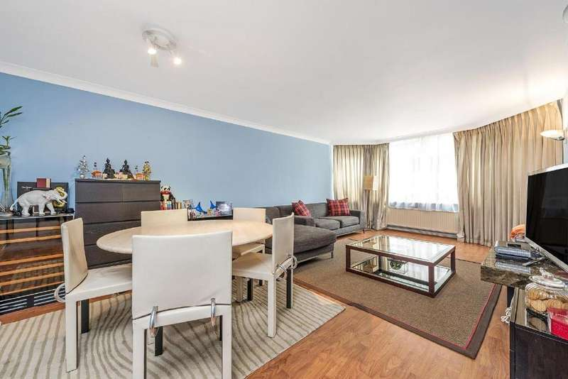 3 Bedrooms Flat for sale in Porchester Terrace, Bayswater