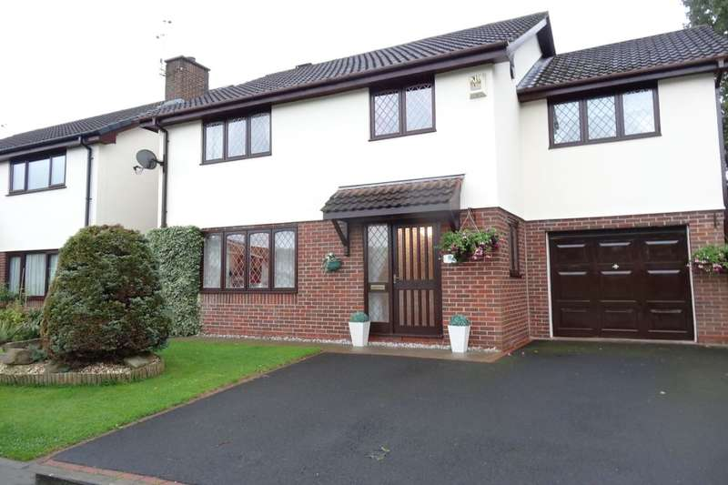 4 Bedrooms Detached House for sale in Mason House Crescent, Ingol, Preston, PR2