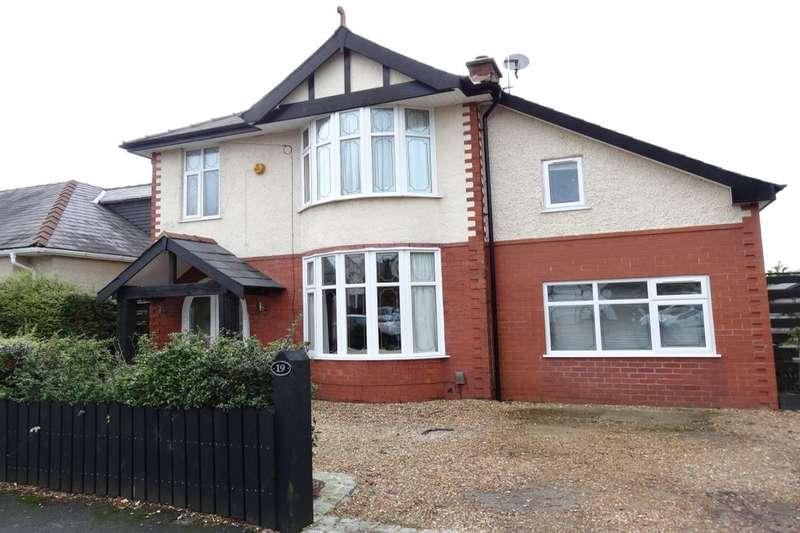 5 Bedrooms Detached House for rent in Queens Drive, Fulwood, Preston, PR2