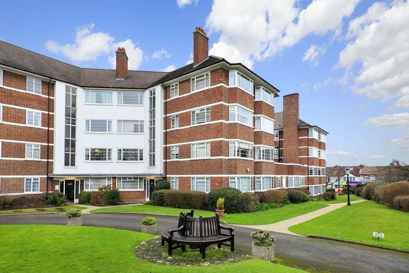 2 Bedrooms Flat for sale in DEANHILL COURT, EAST SHEEN, SW14