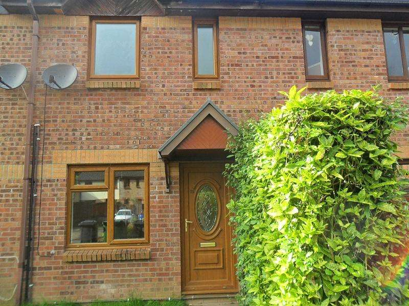 2 Bedrooms Terraced House for rent in Graig Y Darren , Godrergraig, Swansea.