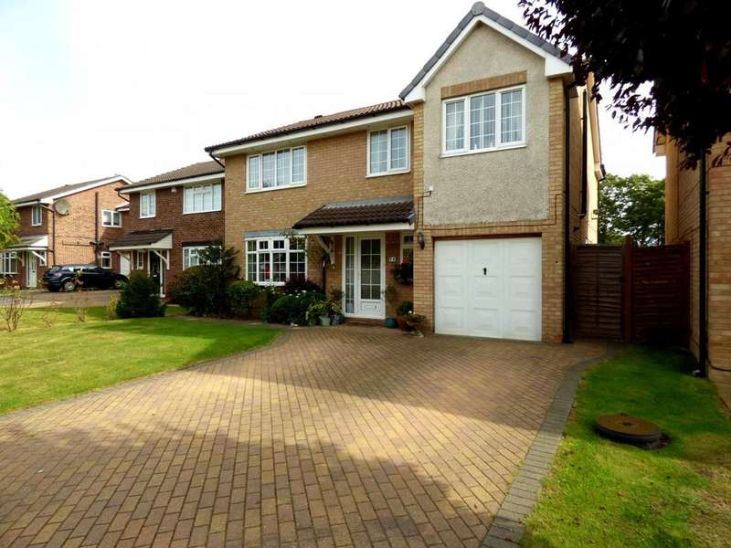 5 Bedrooms Detached House for sale in Robin Close, Ingleby Barwick, Stockton-On-Tees, TS17