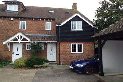 3 Bedrooms House for rent in Durrington Hill