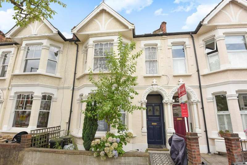 2 Bedrooms Flat for sale in Pulborough Road, Southfields