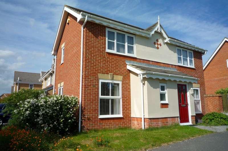 3 Bedrooms Detached House for rent in Roebuck Drive, Gosport