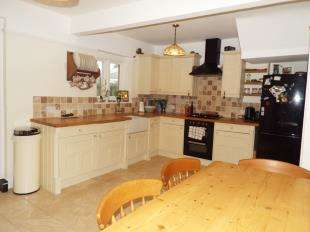3 Bedrooms Terraced House for sale in Bedford Avenue, Bognor Regis, West Sussex