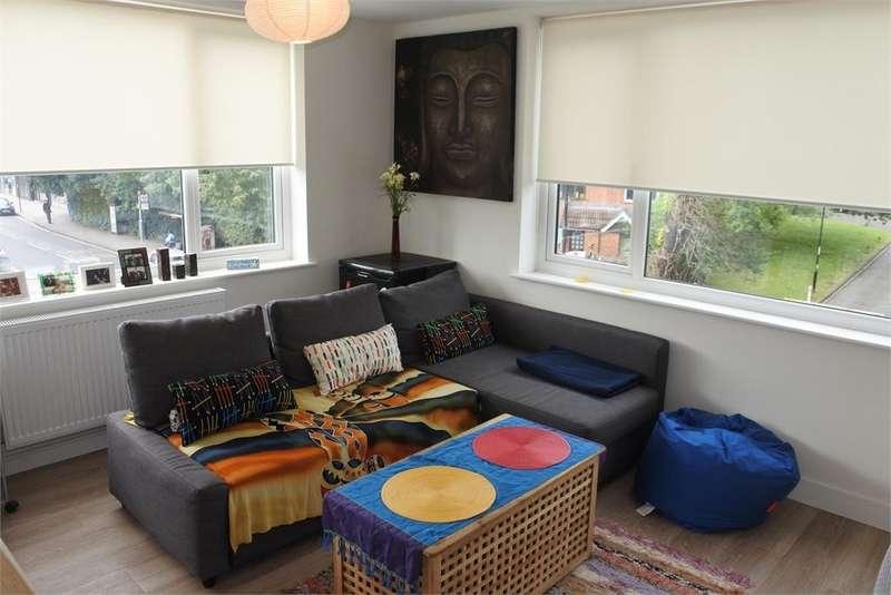 1 Bedroom Flat for sale in Kirkdale Road, Sydenham, London, SE26 4QD