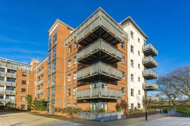 1 Bedroom Flat for rent in Bush House, Berber Parade, Woolwich, SE18