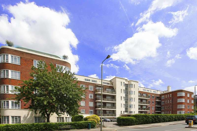 2 Bedrooms Flat for sale in Riverside Drive, Golders Green, NW11