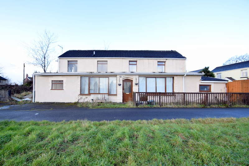 3 Bedrooms Detached House for sale in 1 Mount Ash, The Derwen, Bridgend, Bridgend County Borough, CF31 1RD.