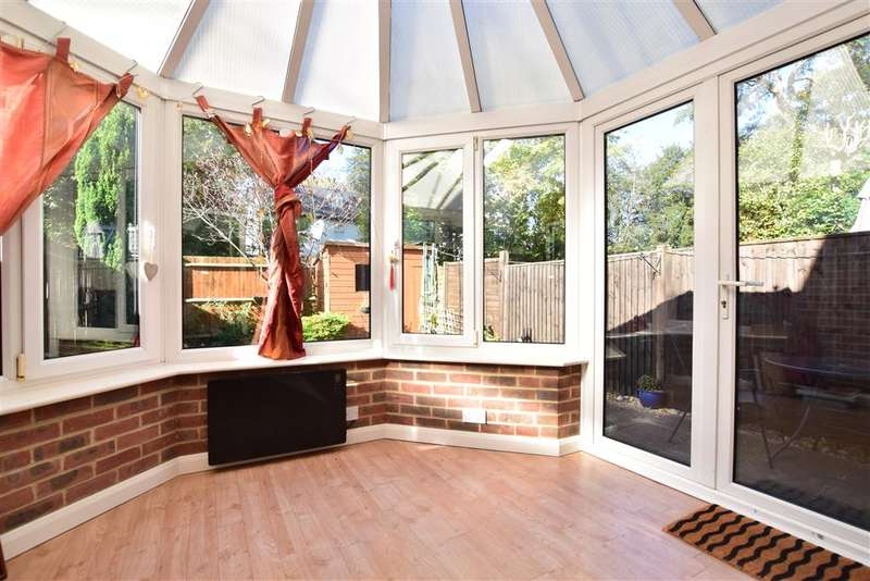 4 Bedrooms Terraced House for sale in Spruce Close, , Redhill, Surrey