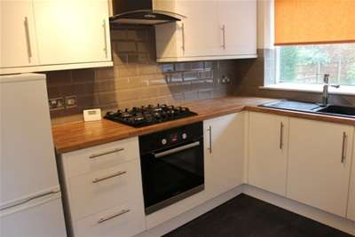3 Bedrooms Semi Detached House for rent in Nell Lane, Chorlton