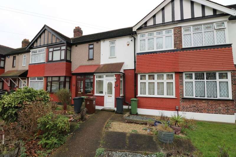 4 Bedrooms Terraced House for sale in Salcombe Drive, Chadwell Heath, Romford, RM6