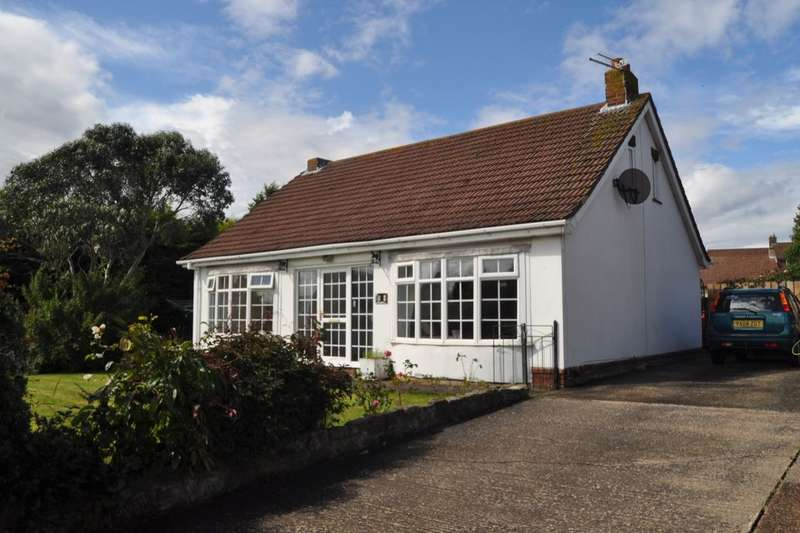 3 Bedrooms Detached Bungalow for sale in Whitby Road, Easington, Saltburn-By-The-Sea, TS13