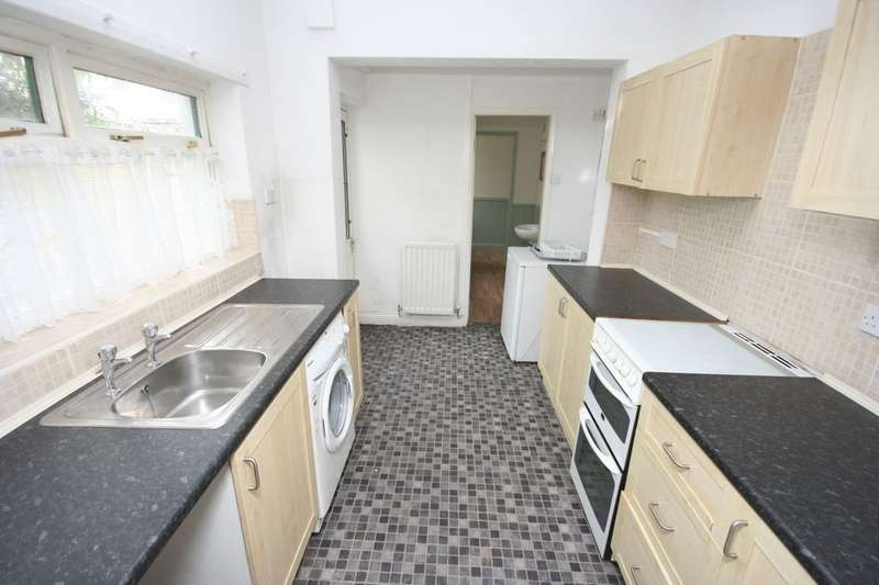 3 Bedrooms Terraced House for sale in Longford Street, Middlesbrough, TS1
