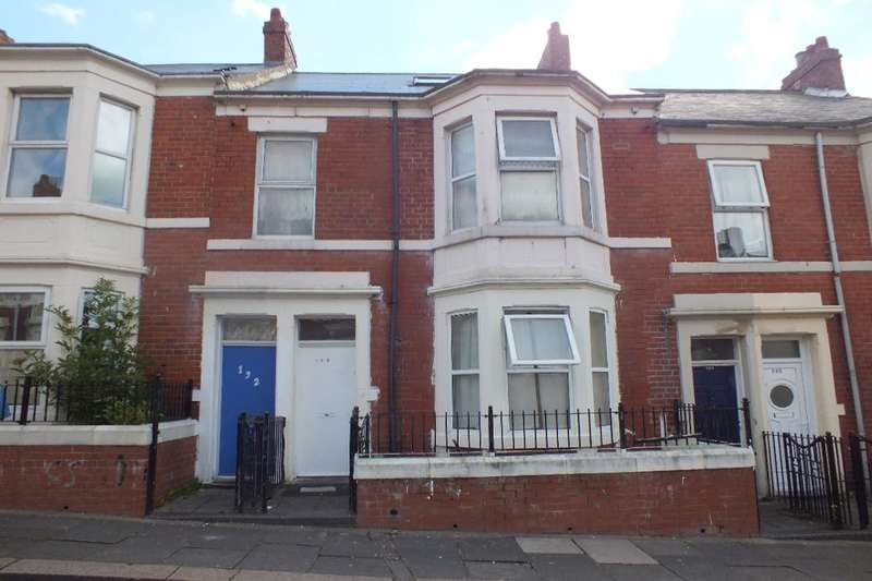 5 Bedrooms Flat for sale in Strathmore Crescent, Newcastle Upon Tyne, NE4