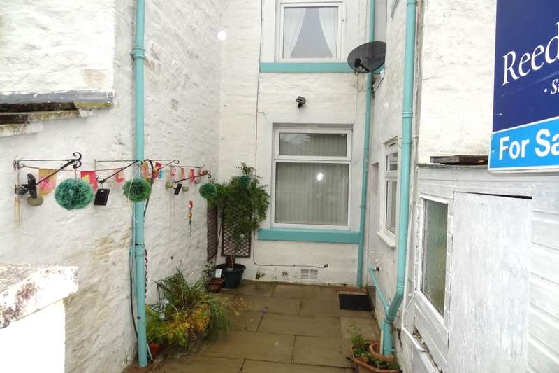 3 Bedrooms Terraced House for sale in Forest View, Brierfield, Nelson, BB9