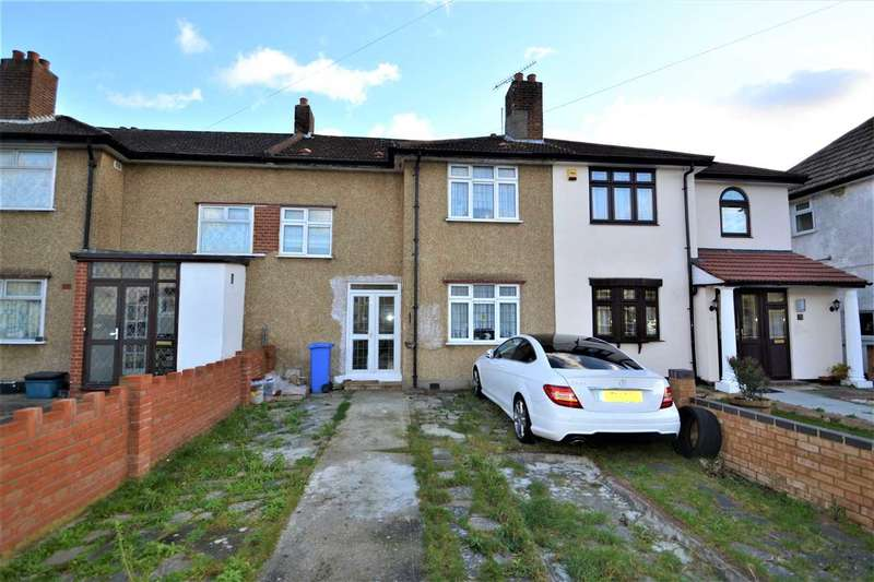 3 Bedrooms Terraced House for sale in Crown Road, Barkingside, Ilford