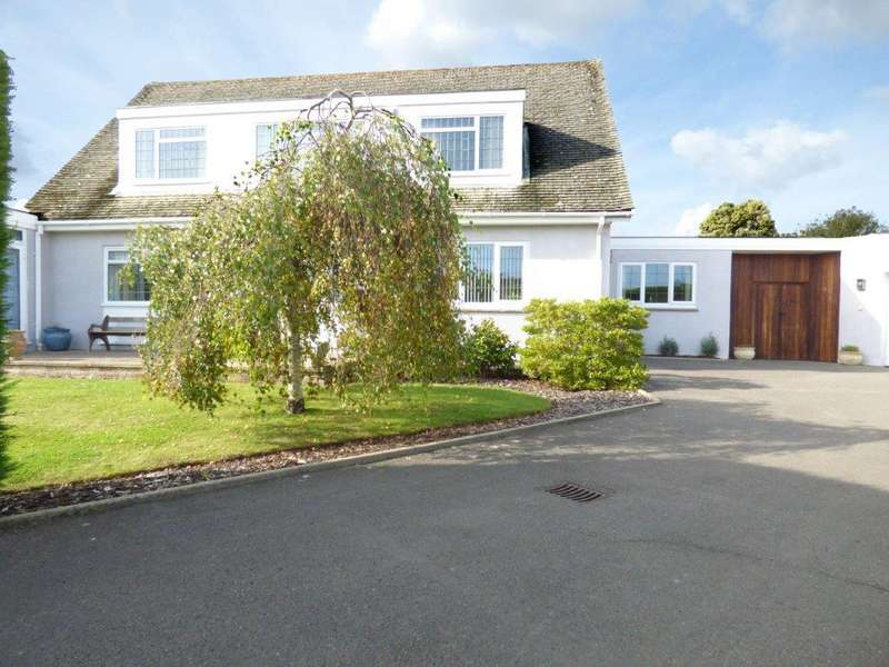 4 Bedrooms Detached House for sale in Tithe Barn Close, Aldwick, Bognor Regis PO21