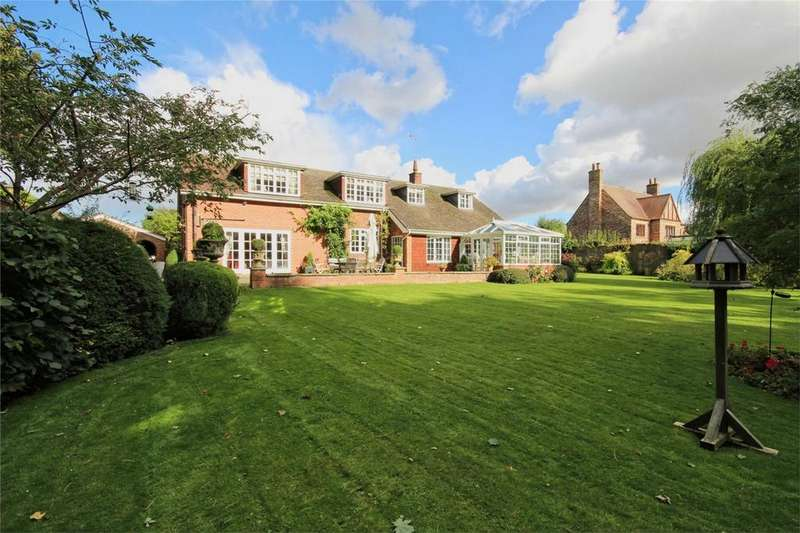 4 Bedrooms Detached House for sale in Scarborough Road, Driffield, East Riding of Yorkshire
