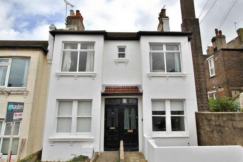 2 Bedrooms Flat for sale in Sandown Road