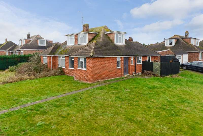 3 Bedrooms House for rent in Roseleigh Avenue, Allington, Maidstone, ME16