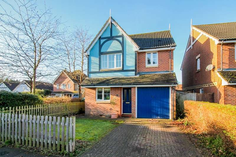 3 Bedrooms Detached House for sale in Old School Road, Liss