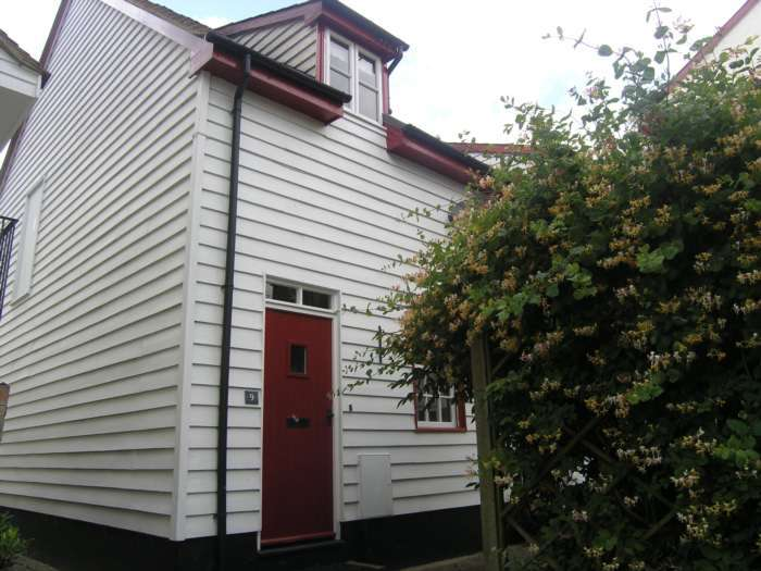2 Bedrooms Cottage House for rent in Barn View, Coggeshall