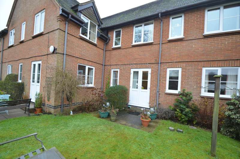 1 Bedroom Flat for sale in Aspley Court, Woburn Sands