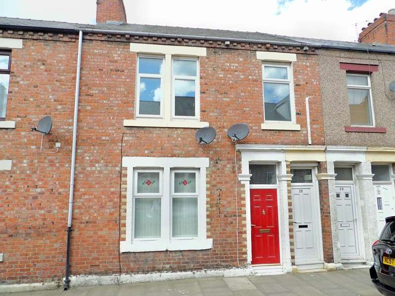 3 Bedrooms Property for sale in Eglesfield Road, Laygate, South Shields, Tyne and Wear, NE33 5PS