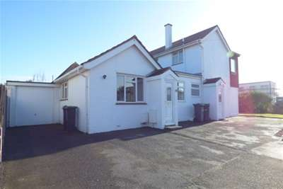 1 Bedroom Bungalow for rent in Eastoke Avenue, Hayling Island, Available Now