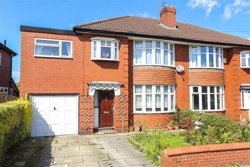 4 Bedrooms Semi Detached House for sale in Langdale Road, Heaton Chapel