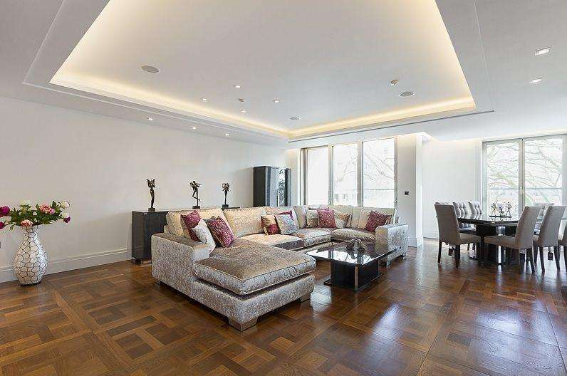 2 Bedrooms Flat for sale in Ebury Square, Belgravia