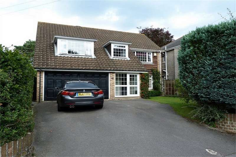 4 Bedrooms Detached House for sale in Stirling Road, Bournemouth, Dorset