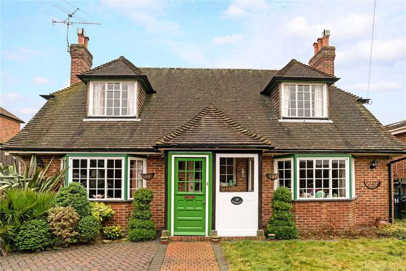 2 Bedrooms Detached House for sale in Springfarm Road, Haslemere, Surrey, GU27