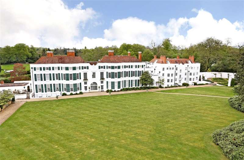 3 Bedrooms Flat for sale in Nashdom, Nashdom Lane, Burnham, Buckinghamshire, SL1