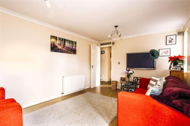 1 Bedroom Flat for sale in Ashfield Avenue, Bushey, WD23