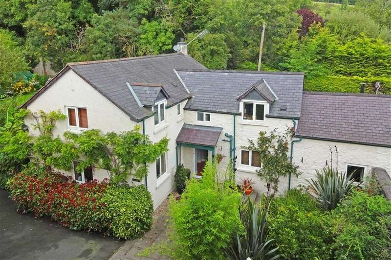 4 Bedrooms Semi Detached House for sale in Llanfwrog, Ruthin