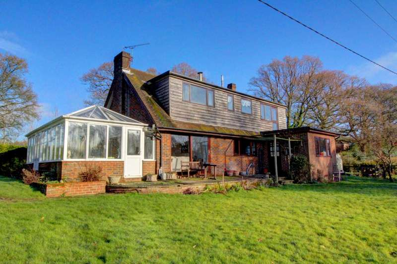 4 Bedrooms Detached House for sale in Lyvers Lane, East Grimstead