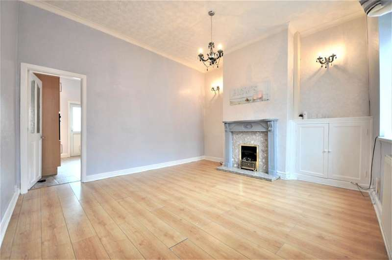3 Bedrooms Terraced House for sale in Smith Street, Kirkham, Preston, Lancashire, PR4 2JB